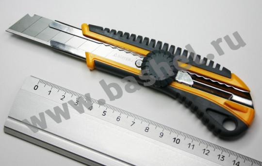 Нож с винтовым фиксатором KS-18, сегмент. лезвия 18 мм STAYER 09161_z01